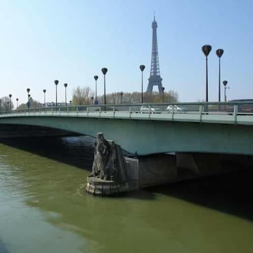 O Zouave da Ponte de l'Alma