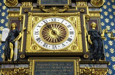 O relógio público mais antigo de Paris